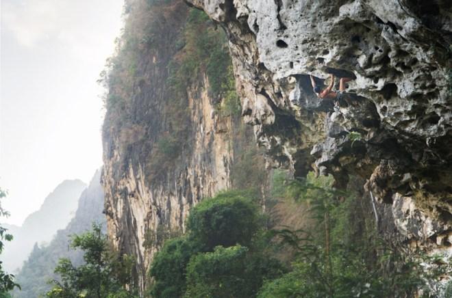1202-LaosClimbing-0029
