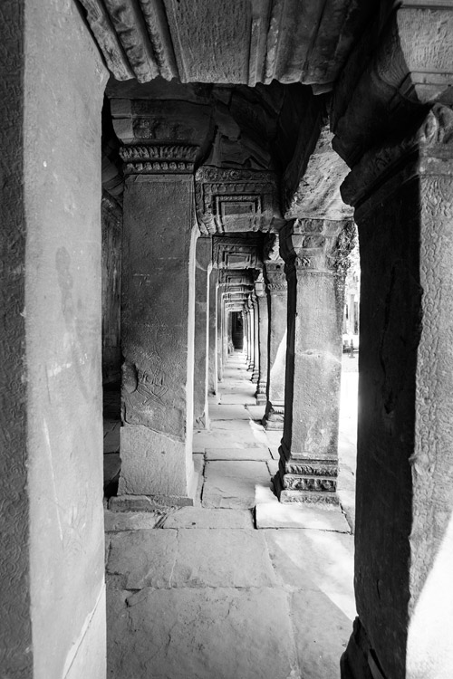 1209-AngkorWat-0477-HDR