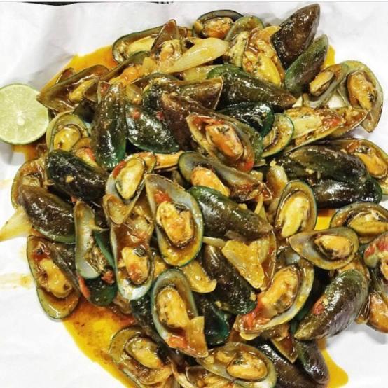 Menu Seafood Via Instagram @kerangpakrudi
