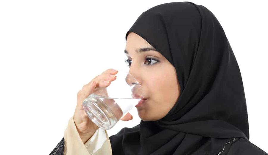 Kenali Penyebab dan Cara Mengatasi Dehidrasi Saat Berpuasa bersama DuniaMasak via hellosehat.com