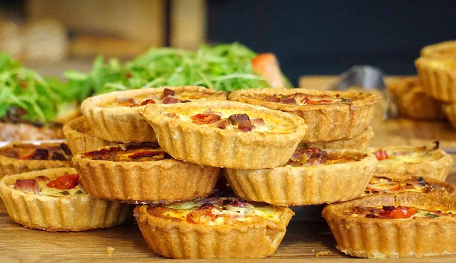 Resep Pie dari singkong via pexels ala tim duniamasak.com