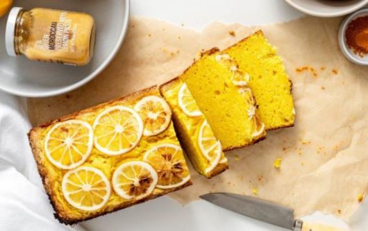 Tumeric and lemon cake via pinterest.com ala tim duniamasak.com Makanan Manis Berbahan Kunyit