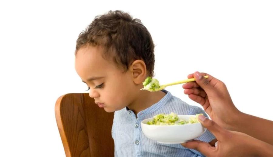 Hindari jenis makanan ini untuk bayi ala duniamasak via familydoctor.org