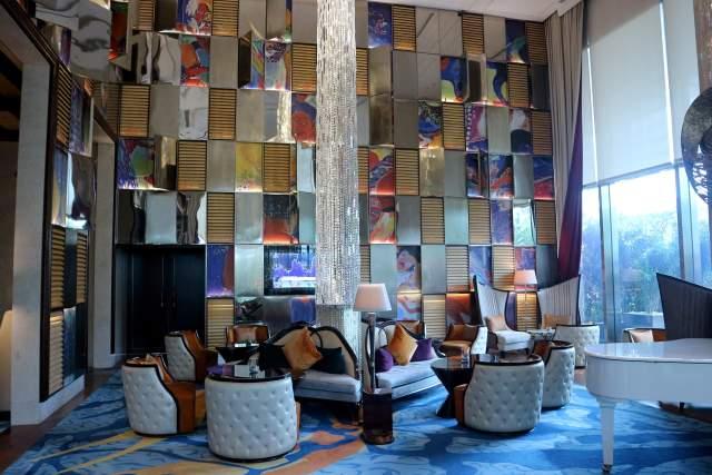Lobby Hotel Raffles via dok. DuniaMasak.com