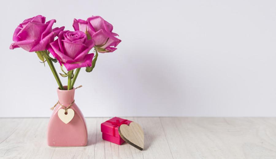 arti warna mawar valentine banner via freepik ala duniamasak