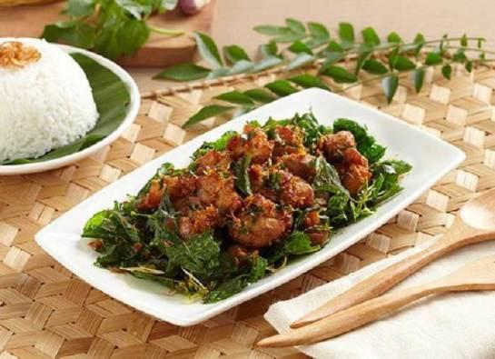Makanan khas Aceh ayam tangkap via okezone.com ala tim duniamasak.com