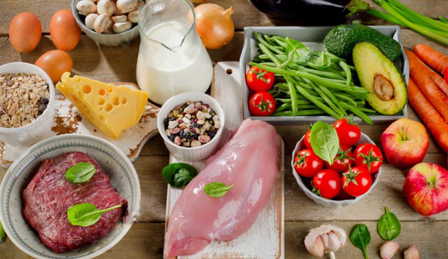 Merencanakan gizi dalam bahan makanan sehari-hari via shutterstock.com