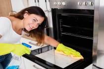 cara membersihkan oven yang benar via istudy.org.uk