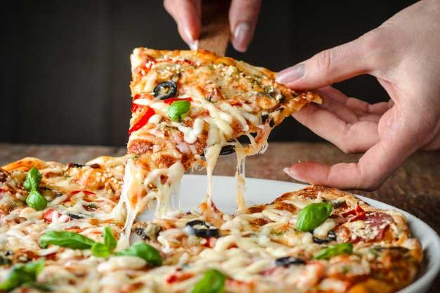 fakta pizza via freepik ala tim duniamasak.com
