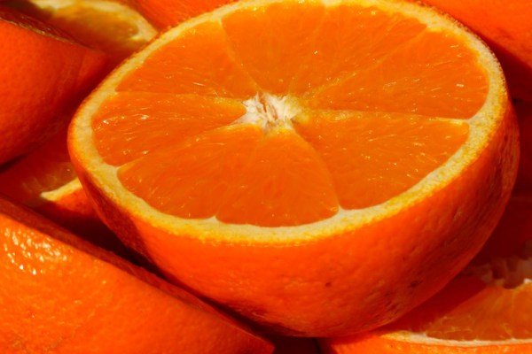 makanan bergizi untuk menunjang kulit mulus dan cerah ala duniamasak via Ubi makanan bergizi via pexels.com