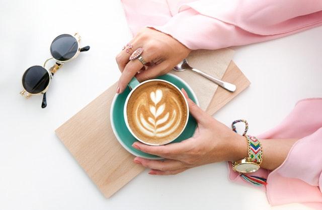 Pengaruh kopi via pexels.com