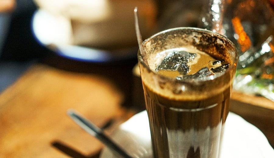 kopi arang atau kopi joss via busy.org ala tim duniamasak.com
