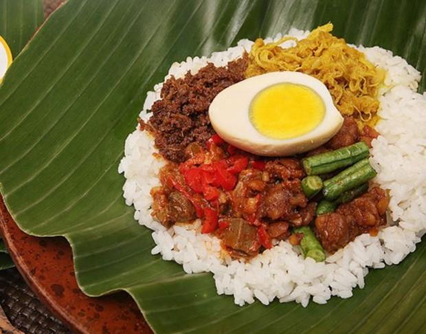 Makanan favorit kartini Nasi Bogana via food.detik.com ala  duniamasak