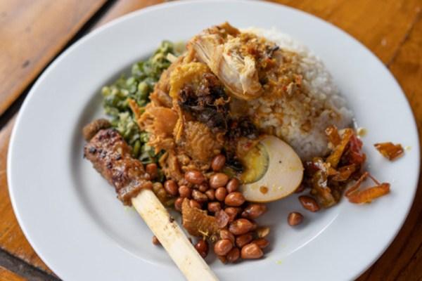 Makanan khas hari raya nyepi via freepik ala duniamasak