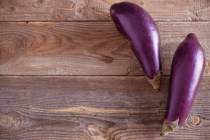 Manfaat terong ungu untuk kesehatan wanita via freepik ala duniamasak