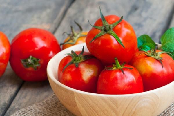 Manfaat tomat untuk diet via freepik ala duniamasak