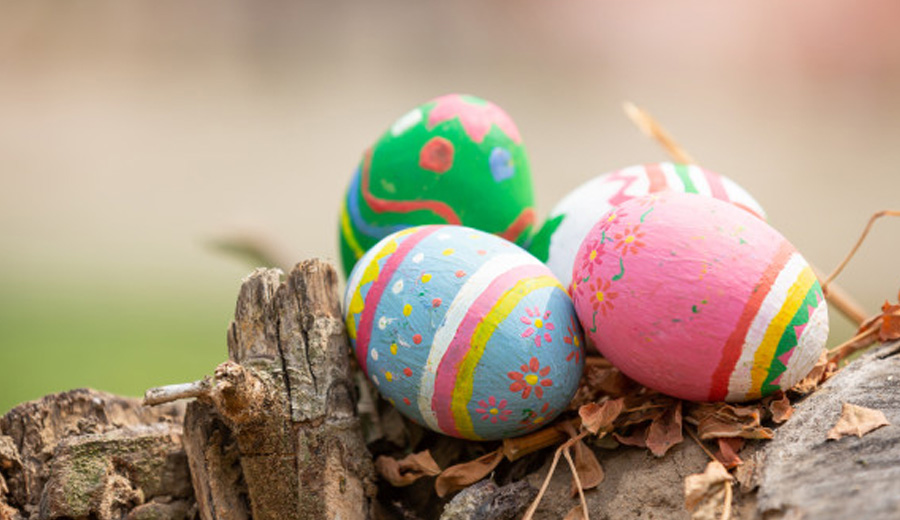 Menghias telur paskah via freepik ala duniamasak