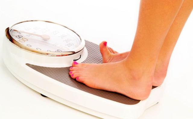 Berapa sih berat badan yang ideal? via kesehatan.co