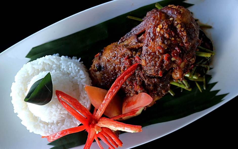 Menu Ayam Taliwang Terraza Lounge, THE 1O1 Jakarta Sedayu Darmawangsa via dok. Duniamasak.com