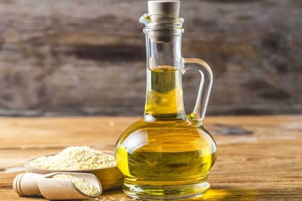 Tips menggunakan minyak goreng bekas via freepik ala tim duniamasak.com