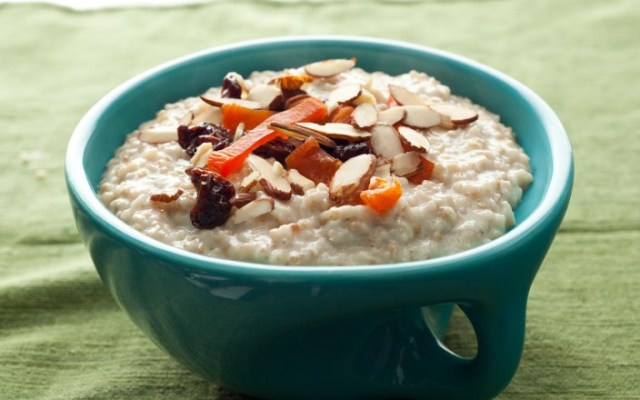 Oatmeal via thedolcediet.com
