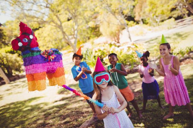 Pinata di hari ulang tahun negara meksiko via freepik ala duniamasak