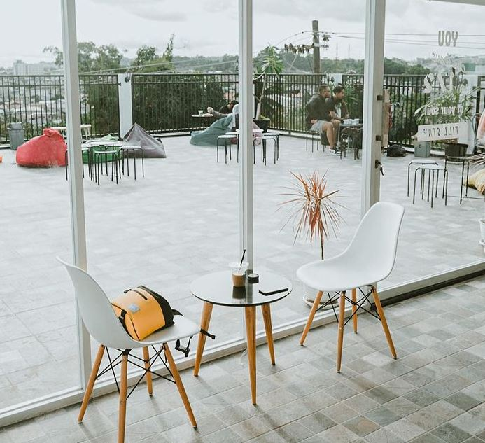 cafe hits di Balikpapan satuperdua via ig/heypin18 ala tim duniamasak