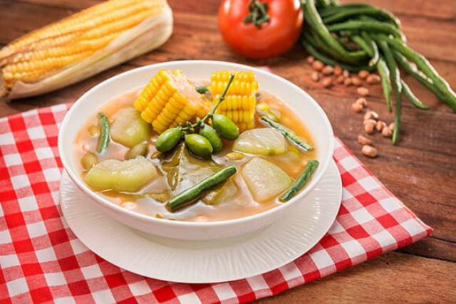 sayur asem makanan sunda via royco.co.id
