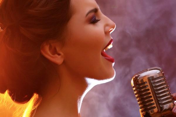 Kontes Cover Lagu Berhadiah Menginap di Hotel Aston Bali via www.theartcareerproject.com