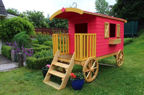 Perfect Garden Spiel Caravan Dunster House