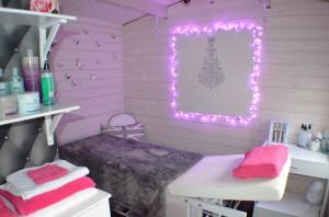 Case Study Avon Log Cabin Interior Dunster House
