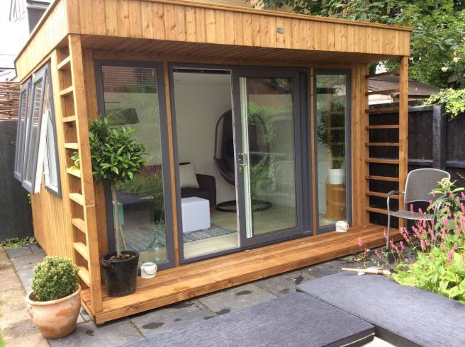 Garden Office features
