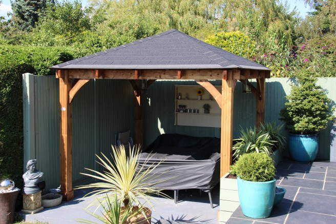 Customer Reviews of Atlas Gazebo