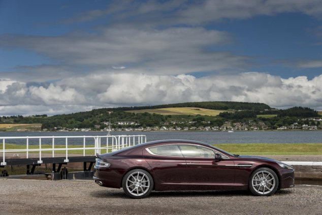Rapide-S-in-Divine-Red_2