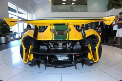mclaren-p1gtr-thecollection-042315 (6)