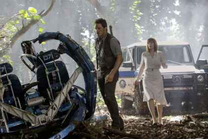 jurassic_world-mercedes (13)