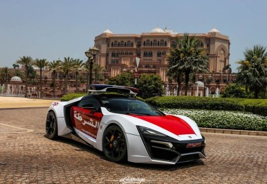 lykan-hypersport-abudhabi-egarage-060515 (2)
