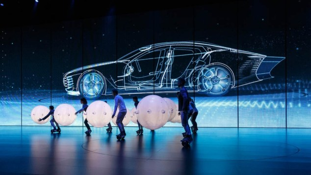 The Mercedes-Benz Concept IAA is two cars in one – an aerodynamic world record holder with a cd figure of 0.19 and a four-door coupé with a fascinating design