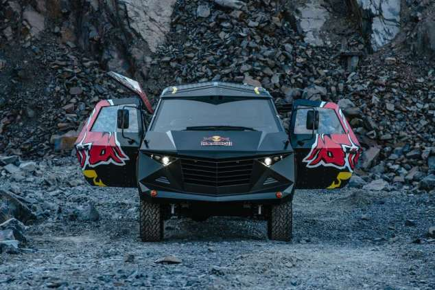 red-bull-land-rover-stealth-12042015 (9)