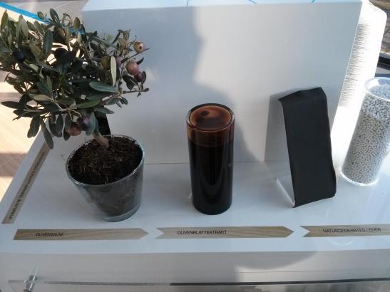 Auch beim Leder wurde Wert auf Nachhaltigkeit mit Olivenbaumextrakt gelegt.