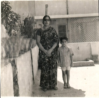 MOM AND KUMUD