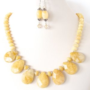 Cream_Statement_Necklace