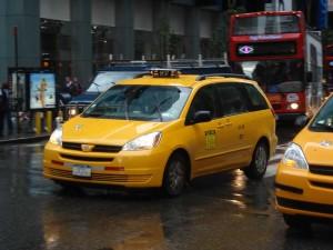 taxi-minivan