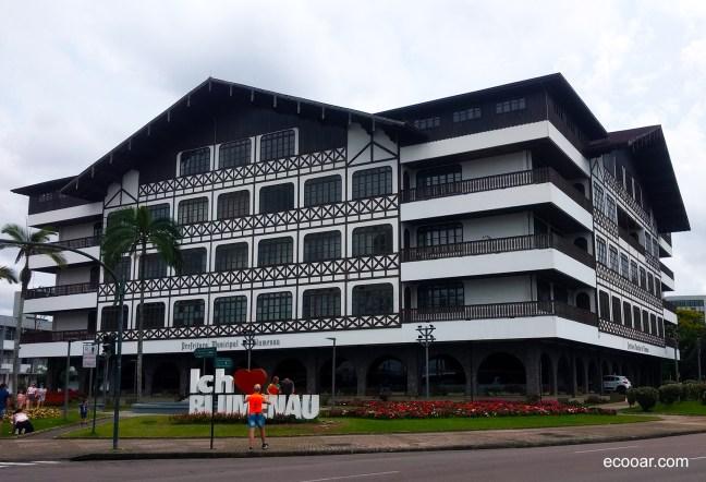 Foto mostra Prefeitura de Blumenau
