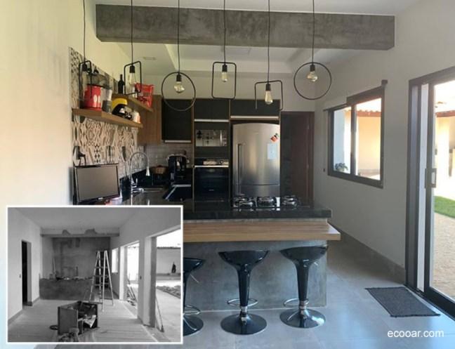 Foto mostra ambiente com balcão, com geladeira ao fundo em reforma levando-se em conta a arquitetura sustentável