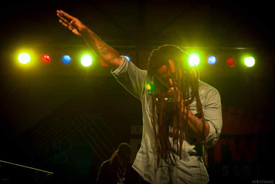 Ky Mani Marley - image  on http://blog.edinchavez.com
