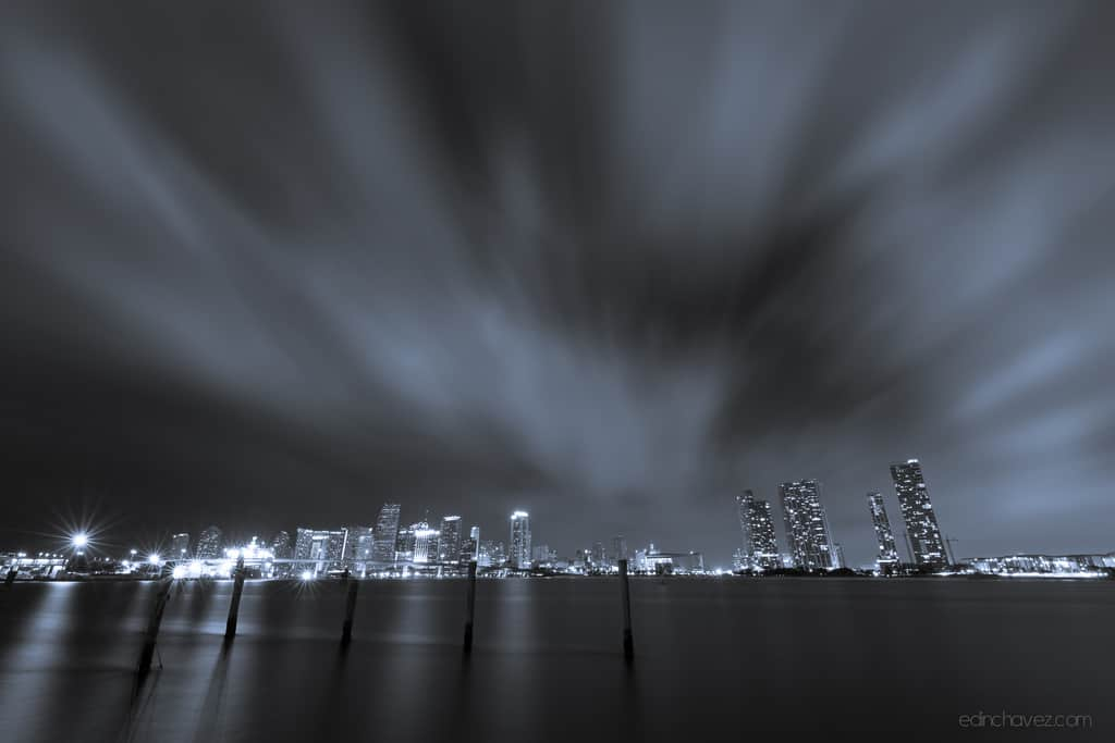 Miami Skyline - image  on https://blog.edinchavez.com