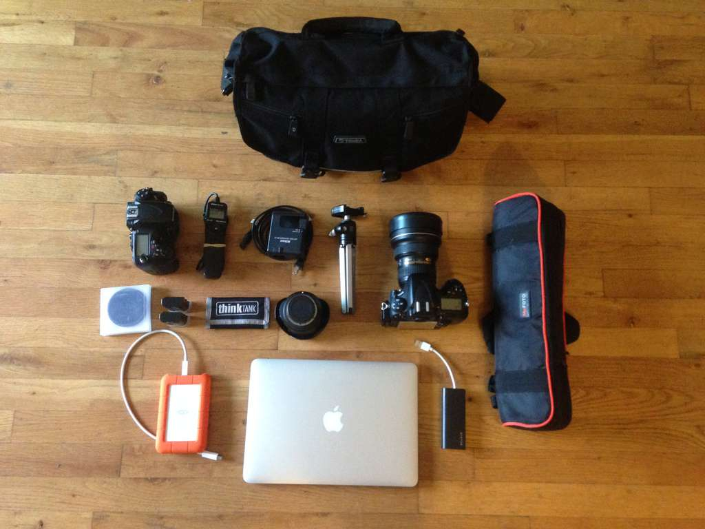 How to pack light for short trips (camera gear) - image  on https://blog.edinchavez.com