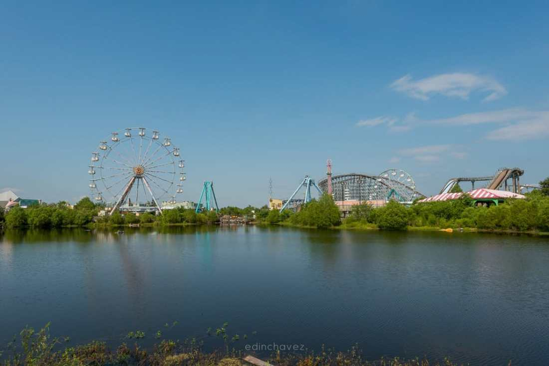 Abandoned Six Flags New Orleans-55