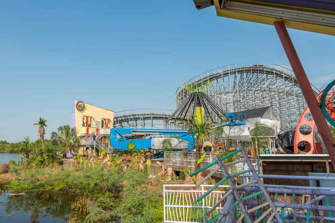 Abandoned Six Flags New Orleans-75